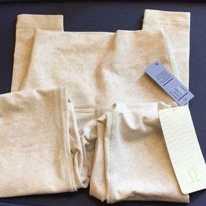Lululemon Sz xxs/2 NWT paisley leggings